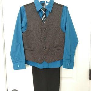 Boys suit set (size 12)